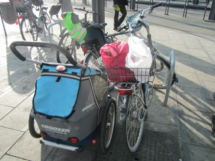 Pieter has loaded up the bike ready for us to cycle back